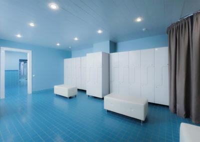 Раздевалка в бассейне санатория «Русь» в Ессентуках - фотография