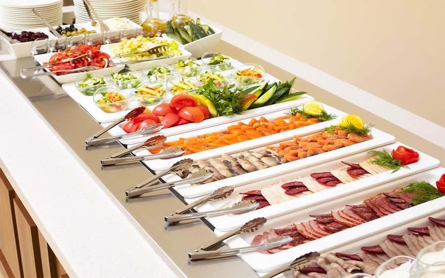 Блюда VIP-зала «Сан-Сити» в санатории «Русь» Ессентуки - фотография