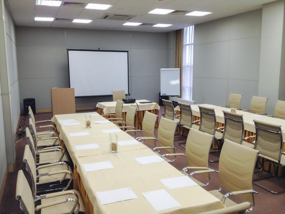 Малый конференц-зал в деловом центре санатория Русь Ессентуки - фотография