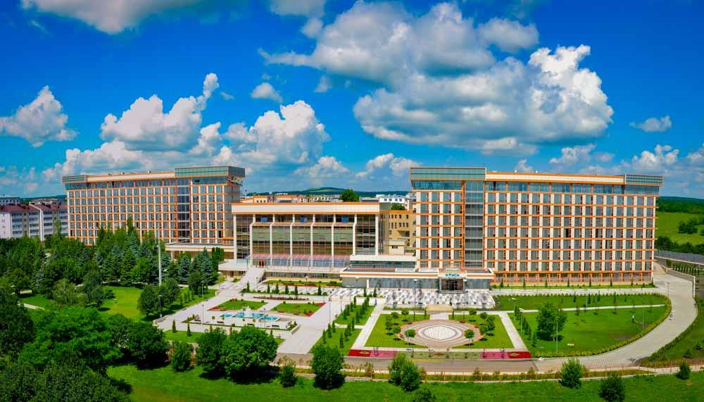 Видовая панорама санатория Русь в Ессентуках - фотография